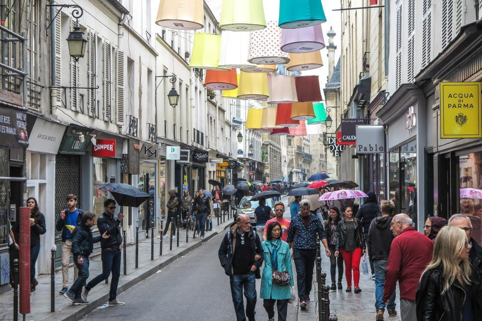 busy street.jpg